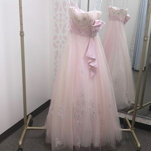 Tulle Gown w/ Satin Sash. Designer: Tiffany #16884
